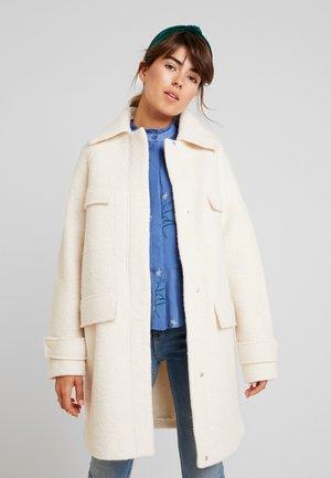 Zimní kabát - ivory cream