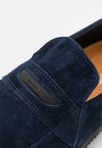 Globe - LIAIZON - Sneakers laag - midnight blue - 5