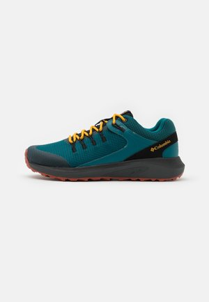 TRAILSTORM WP - Zapatillas para caminar - deep wave/bright gold