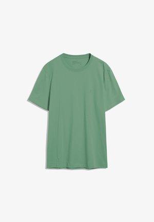AADO - Basic T-shirt - misty grass