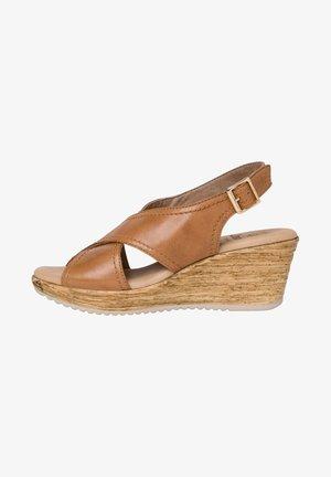 Sandales compensées - cognac