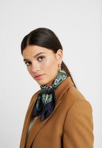 Roeckl - Tørklæde / Halstørklæder - multi/green - 0