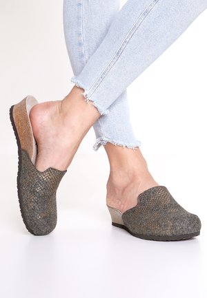 LUCY - Mules - shiny anthracite