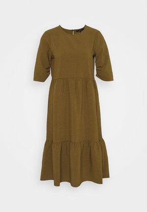 VMBEATE DRESS  - Kjole - fir green/light green