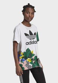 adidas Originals - HER STUDIO LONDON LOOSE T-SHIRT - Print T-shirt - white - 2