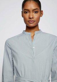 BOSS - DEFELIZE - Robe chemise - light green - 3