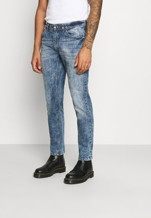 NEW YORK  - Slim fit jeans - vintage denim