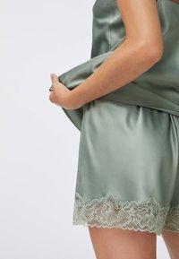 OYSHO - Pyjama bottoms - khaki - 4