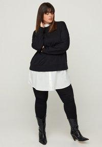 Zizzi - WITH A SEWN-IN - Sweatshirt - black - 0