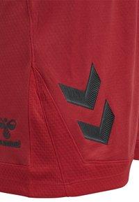 Hummel - HMLLEAD  - Short de sport - true red - 3