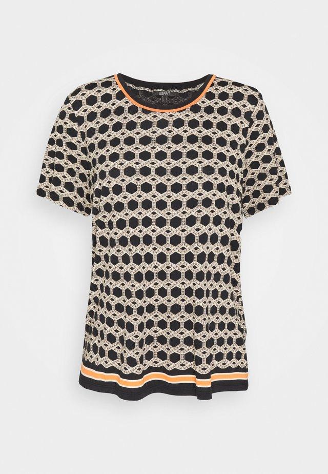 ECOVERO TEE - T-shirt z nadrukiem - black