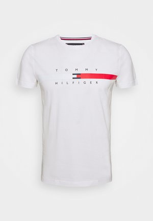 GLOBAL STRIPE CHEST TEE - T-shirt z nadrukiem - white