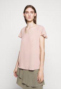 Bruuns Bazaar - LILLI ABELINE - Blouse - cream rose - 0