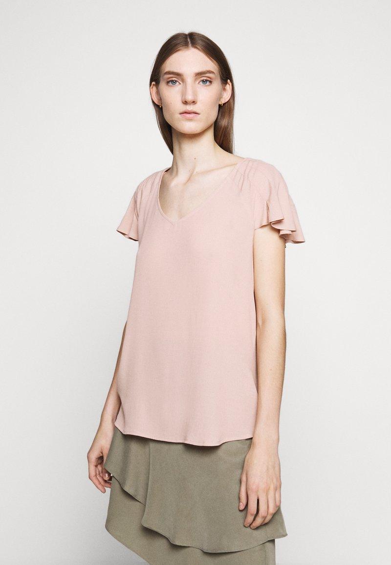 Bruuns Bazaar - LILLI ABELINE - Blouse - cream rose