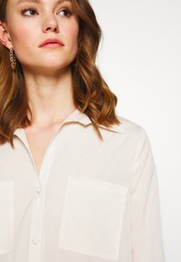 4th & Reckless - EXCLUSIVE MISSY - Bluser - cream - 3