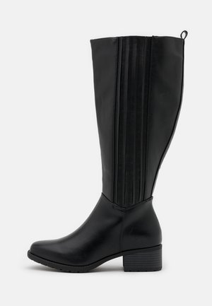 WIDE FIT CLEATED SOLE SQUARE TOE BOOT - Botas - black