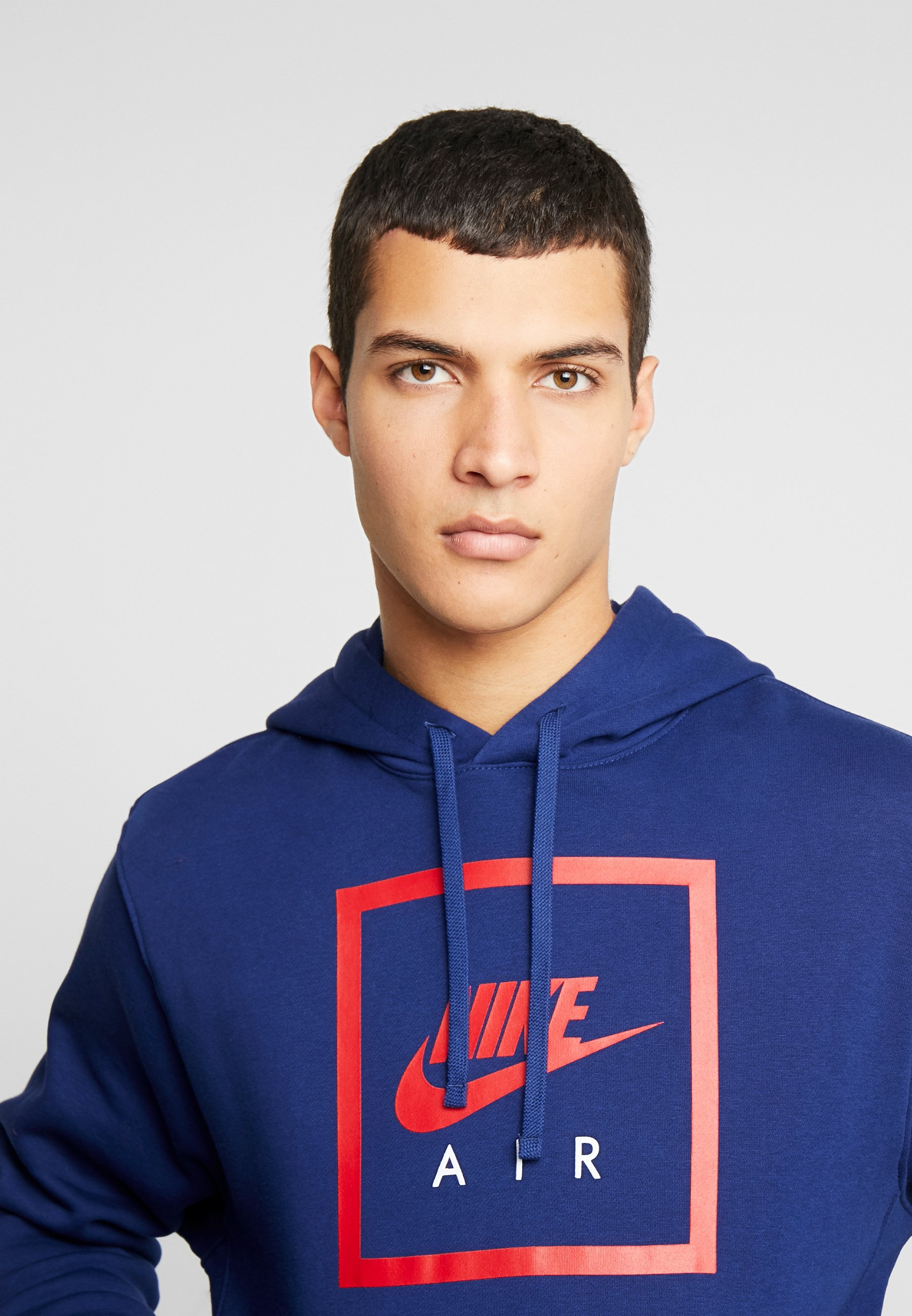 Nike Sportswear M NSW PO HOODIE NIKE AIR 5 - Sweat à capuche - blue void/university red