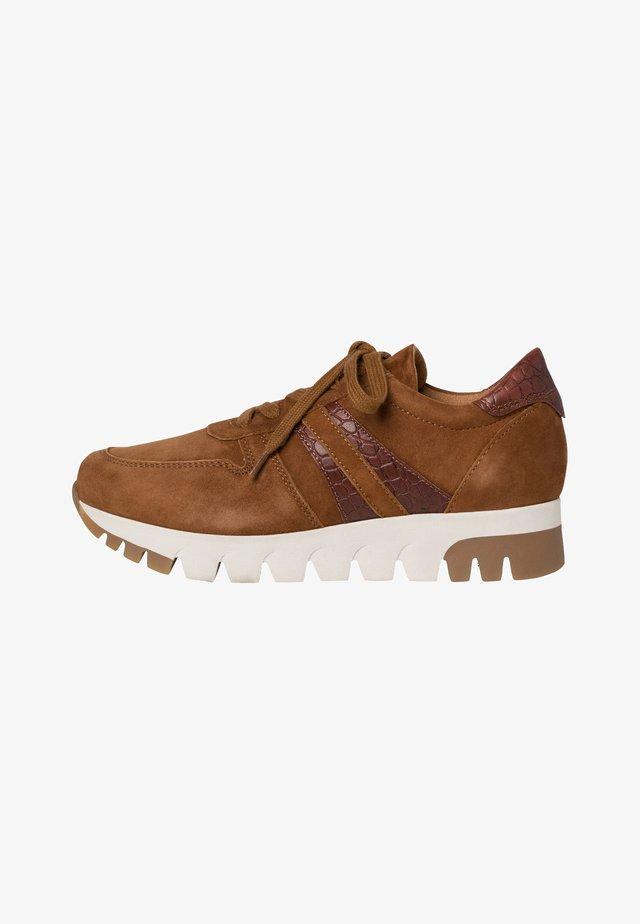 LACE UP - Sneakers laag - cognac/croco
