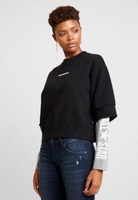 Converse - CREW DOUBLE SLEEVES ALL STAR - Sweatshirt - black/boston melange - 0