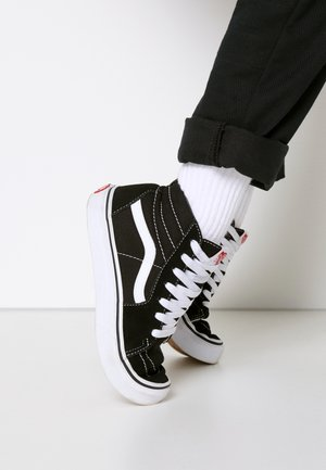 SK8 - Sneakersy wysokie - black/true white