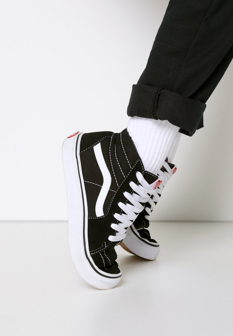 Vans - SK8 - High-top trainers - black/true white