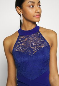 WAL G. - HALTER NECK DRESS - Vestido de fiesta - electric blue - 4