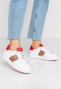 Dune London WIDE FIT - WIDE FIT ELSIE - Trainers - white - 0