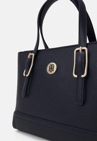Tommy Hilfiger - HONEY SMALL TOTE SET - Handbag - blue - 4