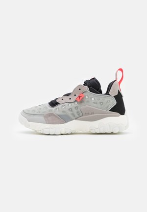 DELTA 2 UNISEX - Sneakers laag - grey fog/black/sail/college grey/laser crimson/summit white
