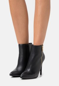 Even&Odd Wide Fit - LEATHER - High heeled ankle boots - black - 0