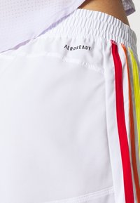 adidas Performance - PRIDE PACER SHORT - Sports shorts - white - 5
