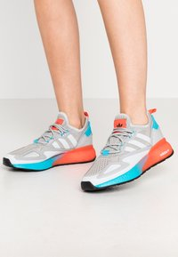 adidas Originals - ZX 2K BOOST  - Trainers - grey two/signal cyan - 0