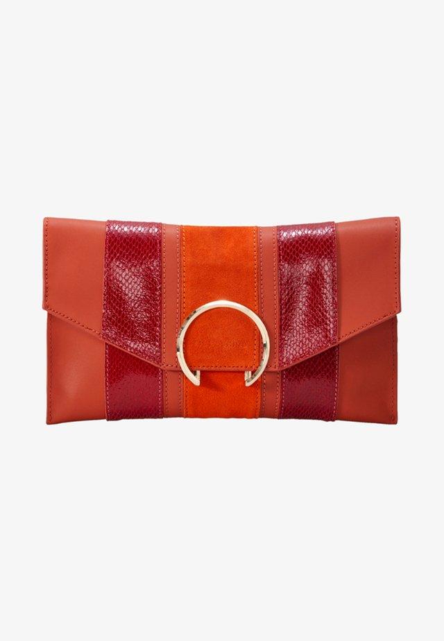 FACLUTCHM - Clutch - orange