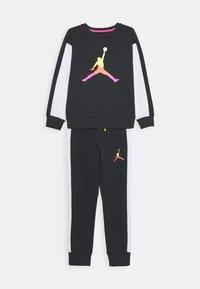 Jordan - JUMPMAN AIR RISE CREW SET - Tracksuit - black - 0