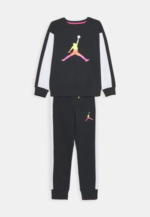 JUMPMAN AIR RISE CREW SET - Verryttelypuku - black