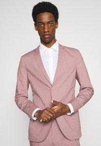 Jack & Jones PREMIUM - JPRLIGHT SID - Suit jacket - soft pink - 4