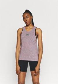 Nike Performance - CITY SLEEK TANK TRAIL - Funktionsshirt - team red/iron grey heather/reflective silver - 0