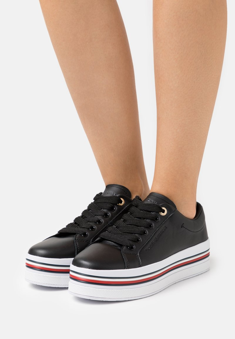 Tommy Hilfiger - CORPORATE FLATFORM CUPSOLE - Trainers - black
