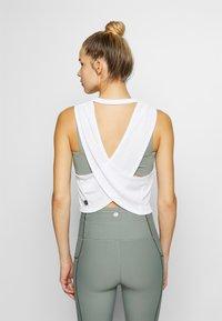 Cotton On Body - CROSS BACK TANK - Top - white - 2