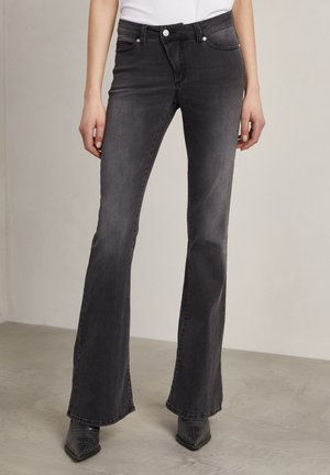 Flared Jeans - used black