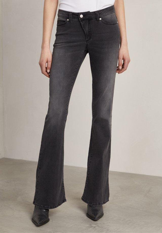 Jeans a zampa - used black