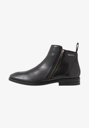 TRENTON ZIP BOOT - Stövletter - black