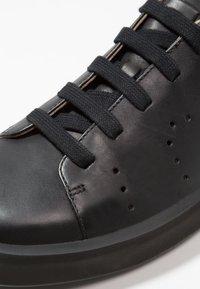 Camper - COURB - Sneakers laag - black - 5