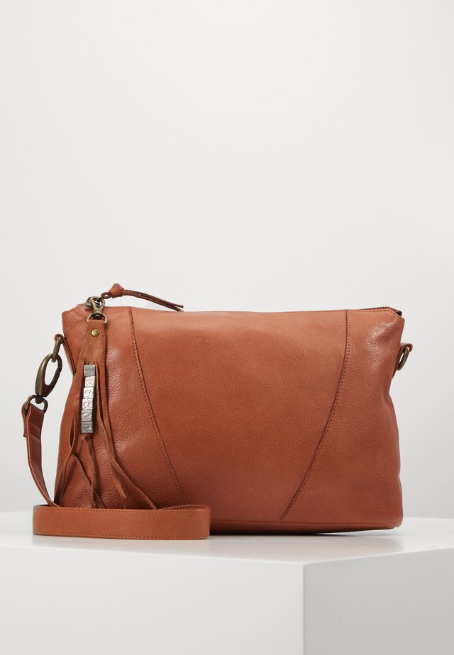 BADIA - Across body bag - cognac