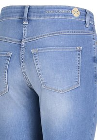 MAC Jeans - Slim fit jeans - light blue wash - 4