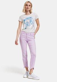 Taifun - Jeans Skinny Fit - lavender - 1