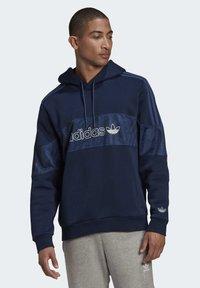 adidas Originals - BX-2O HOODIE - Hoodie - blue - 0