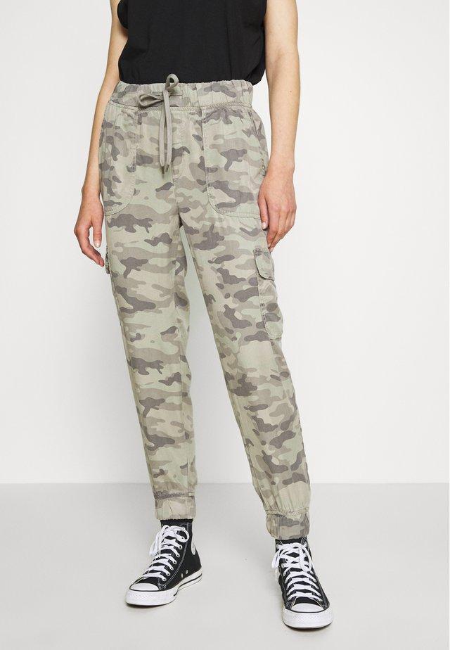 JOGGER - Pantalon cargo - olive