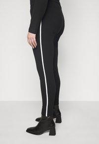 New Look Curves - WHITE SIDE STRIPE - Leggings - Trousers - black - 3