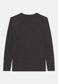 Lemon Beret - BOYS - Langærmede T-shirts - antra melange - 1